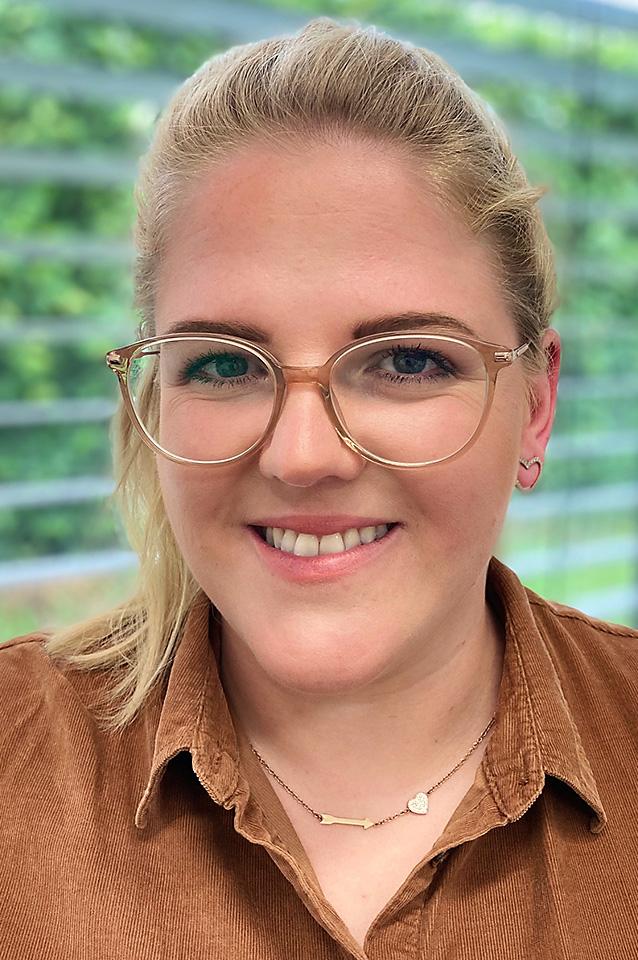 natalie brendeke empfang abrechnung zahnarzt wedemark praxis tradition und moderne